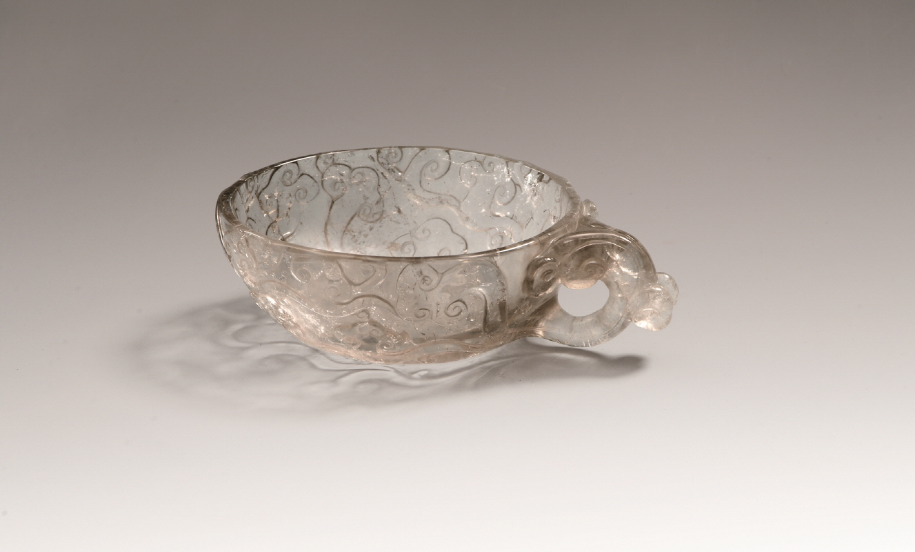 Cloud-Patterned Rock Crystal Vessel, Qing Dynasty, H4.3 W16.5
