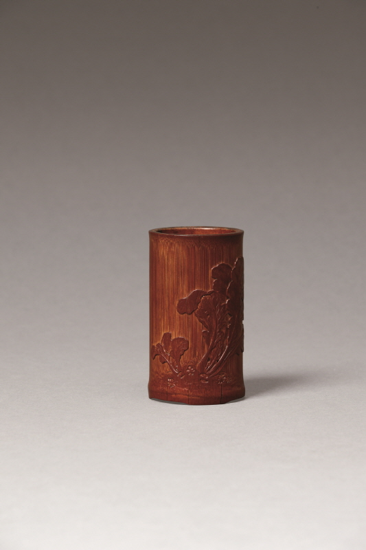 Bamboo Brushpot Carved with 'Cabbage' Design, Qing Dynasty, H13.4 W3.6