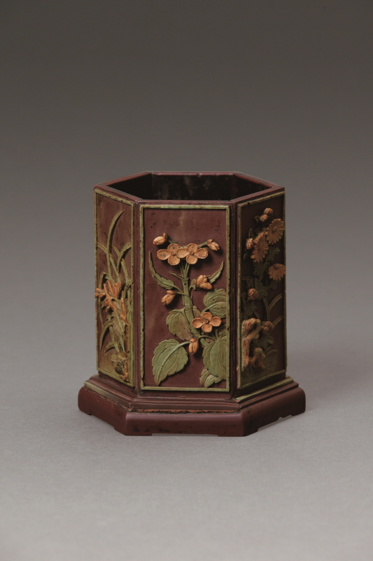 'Flowers and Birds' Design Hexagonal Stone Brushpot, Qing Dynasty, H12.7 W10.2 (2)