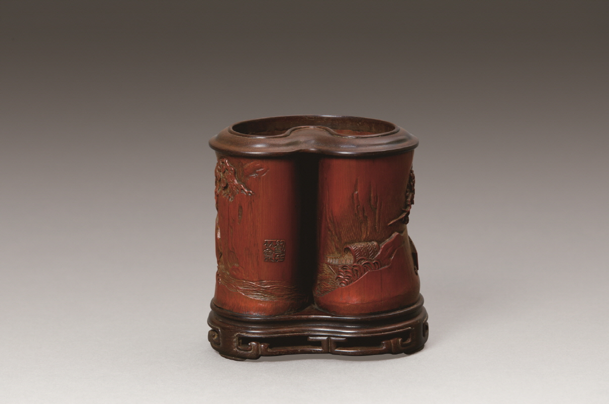 Bamboo Brushpot Carved with 'Scholar' Design, Qing Dynasty, H11.6 W11 (2)
