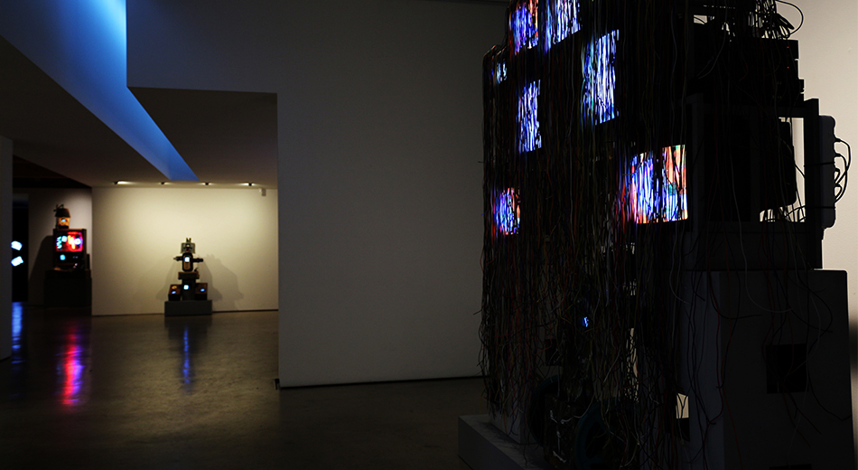 Installation view at Hakgojae gallery