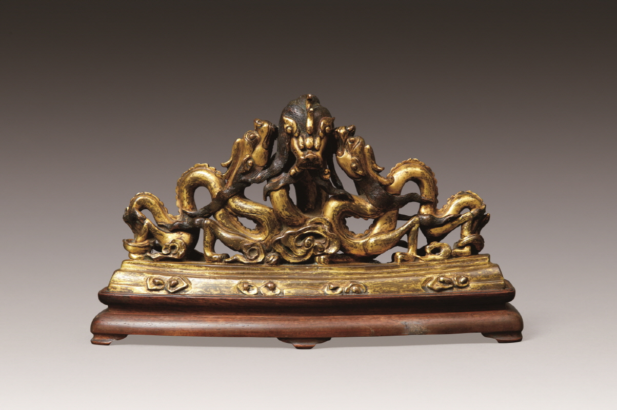 Dragon-Shaped Gilt Bronze Brush Rest, Ming Dynasty, H13.5 W24.8