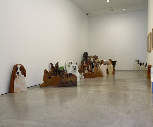 YOON Suknam Dogs are dreaming 2010 Acrylic on Wood installation