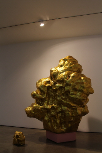 Golden Mountain, 2014, Mixed Media, 183x90x220cm, 30x30x27cm